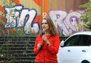 Maja Lasic (SPD), bildungspolitische Sprecherin ihrer Partei im Abgeordnetenhaus bei der Kundgebung. Foto: Hensel