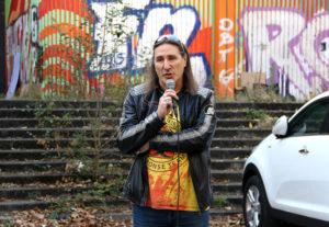 Frank Bertermann (Grüne) bei der Kundgebung. Foto: Hensel