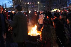 Weihnachtsmarkt mit Feuerschale - der weihnachtliche Weddingmarkt