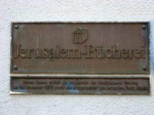 Schild der Jerusalem-Bibliothek