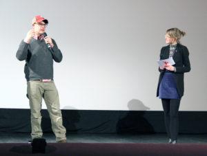 Filmemacher und Aussteiger John Chester auf der Bühne im City Kino Wedding. Foto: Hensel