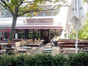 """Das Asiate """"Nguyen Kitchen"""" in der Brunnenstraße 63 - mit Terrasse. Foto: Hensel"""
