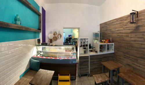Innen im Café Milette