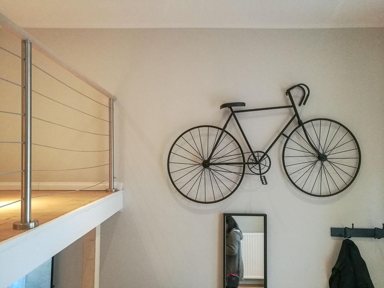 Deko-Fahrrad in einem Musterappartement