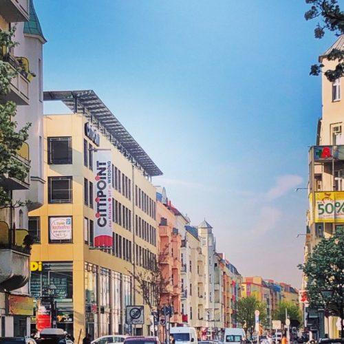 Blick auf bunte Häuserfassaden