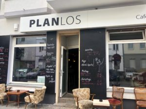 Café Bar Planlos Außenfassade