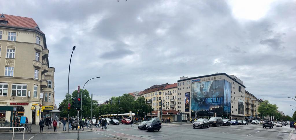Panorama einer Kreuzung
