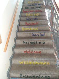 Treppe mit Schriftzügen