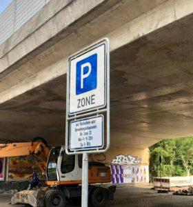 Schild P-Zone in Gebiet mit Parkraumbewirtschaftung