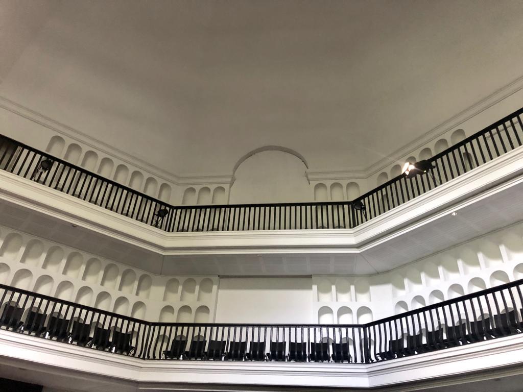 Blick in die Kuppelhalle