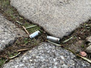Schreckschusspatronenhülsen auf der Straße