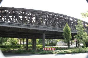 Noch rosten die Liesenbrücken. Aber bald soll darauf gebaut werden