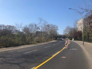 Temporäre Radspur am Halleschen Ufer