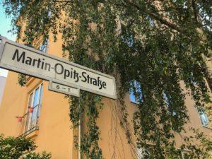 Straßenschild Martin-Opitz-Straße