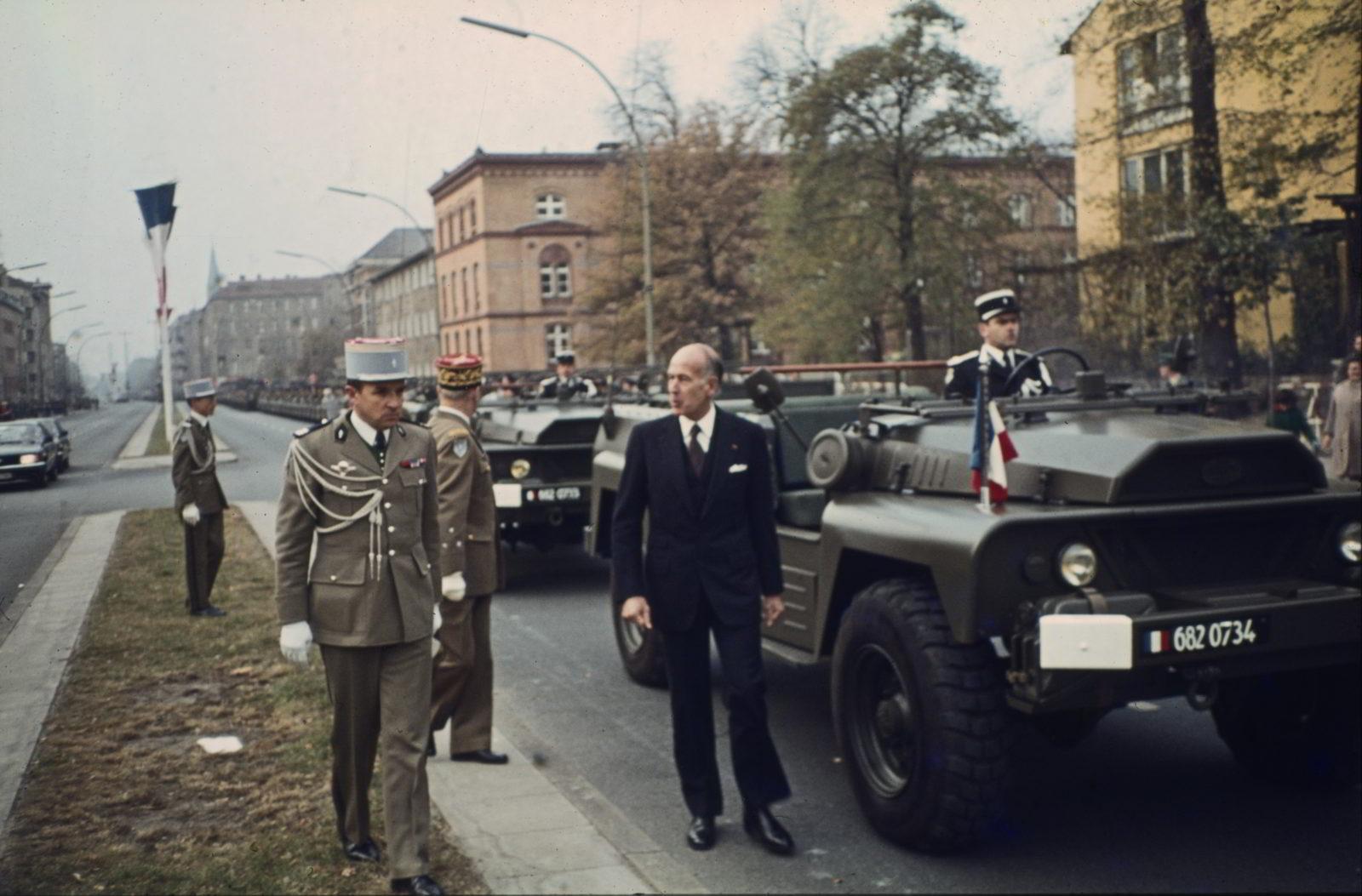 Entourage um den Staatspräsidenten