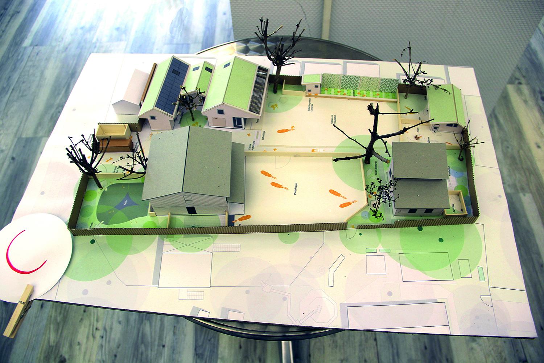 Kinderbunter Bauernhof Modell
