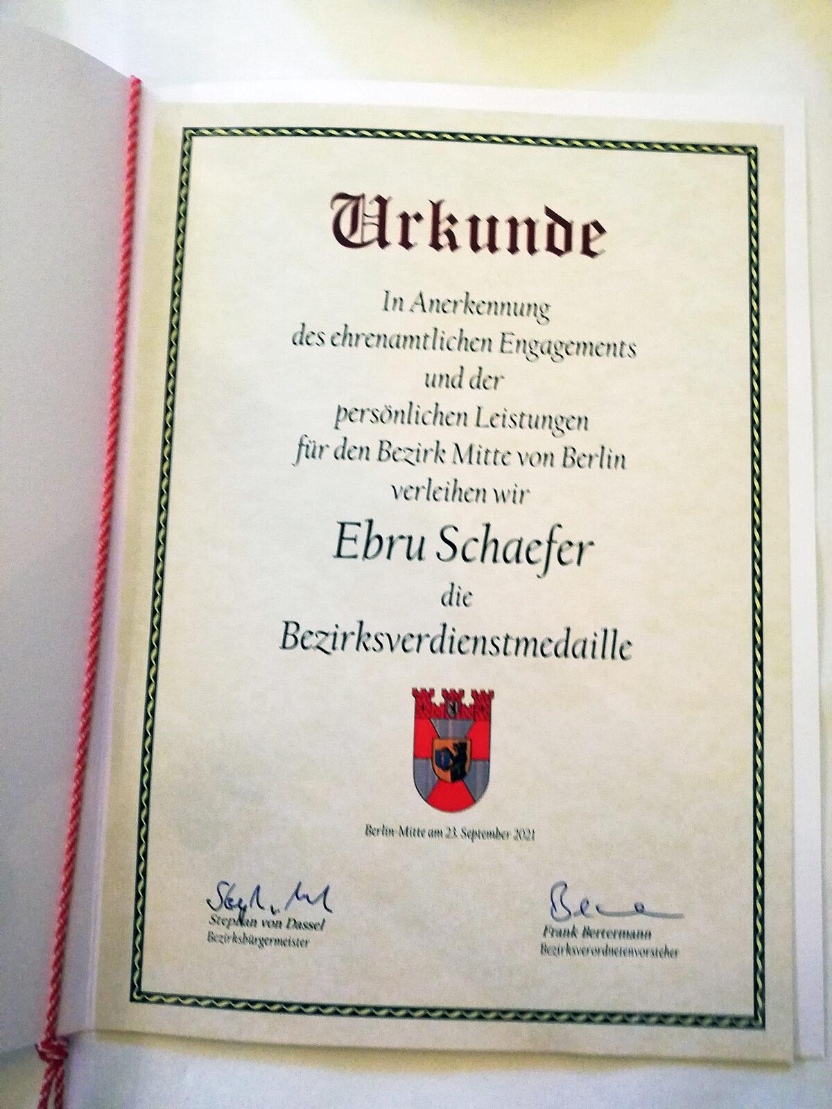 Ebru Schaefers Urkunde